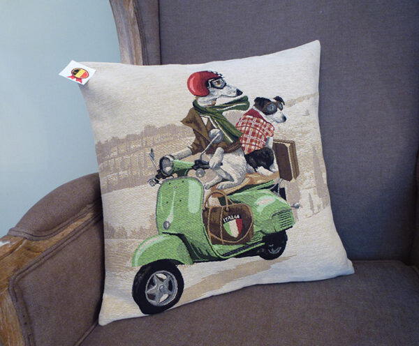 Coussin chiens scooter vert -- 45x45cm-10521